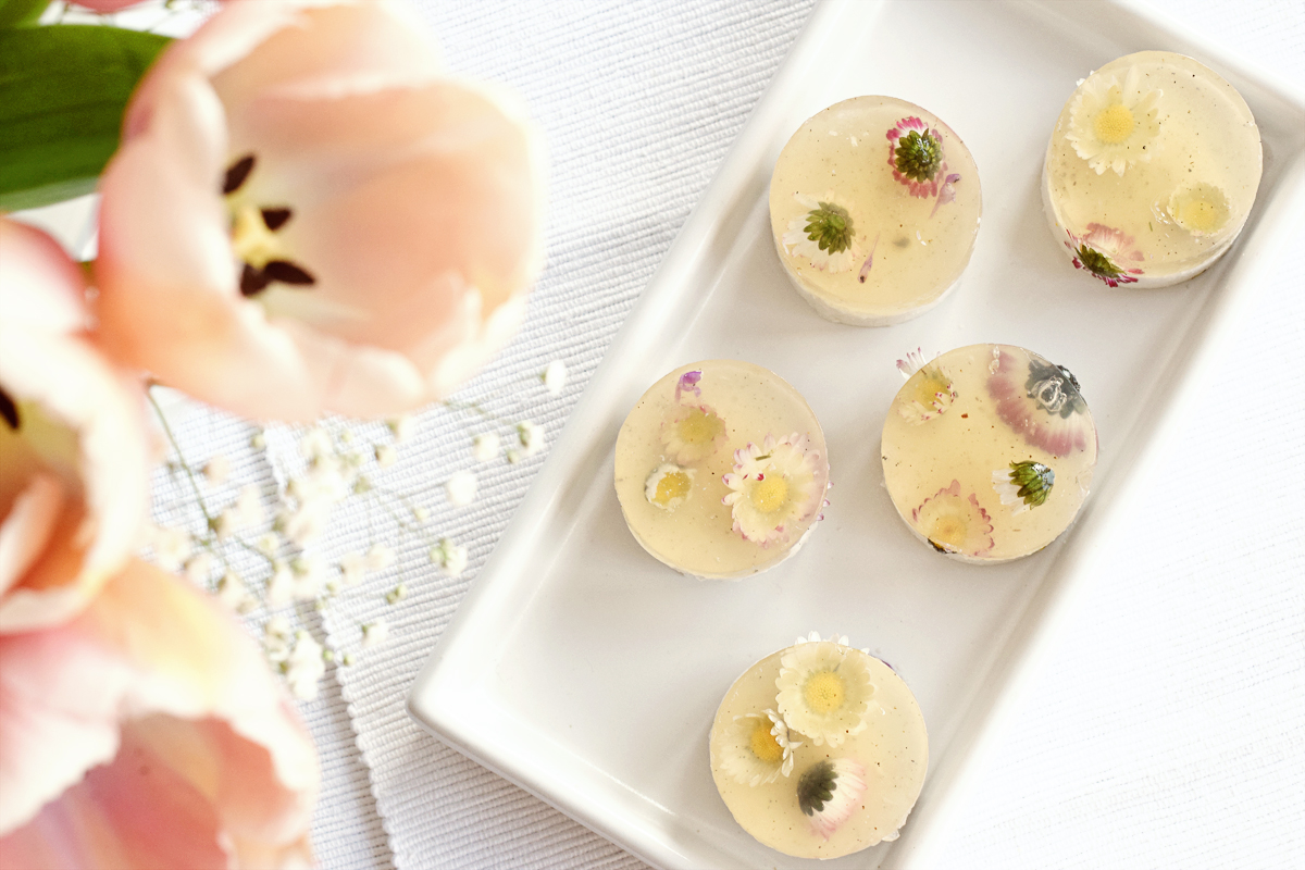 Mother's Day Coconut Almond Flower Jelly (Vegan, Gluten Free) | Chapters by S.
