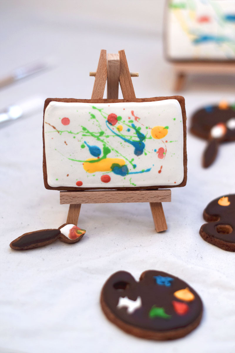 Paint Canvas, Palette & Paintbrush Cookies | Chapters by S.